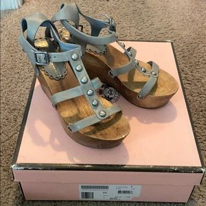 Juicy Couture Hashed Blue Wedge Sandal